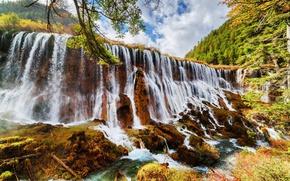 Обои лес, облака, деревья, горы, ветки, парк, водопад, Китай, солнечно, кусты, заповедник, Цзючжайгоу