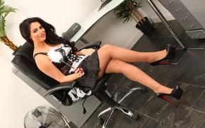 Картинка грудь, взгляд, девушка, поза, модель, фигура, красавица, ножки, sexy, legs, beautiful, face, Charlotte Springer