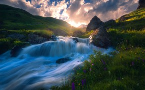Картинка небо, трава, вода, облака, река, поток