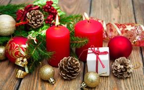 Картинка ветки, огонь, праздник, шары, доски, свечи, Рождество, красные, Новый год, шишки, хвойные, боке