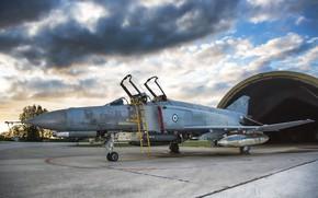 Обои аэродром, истребитель, Phantom II