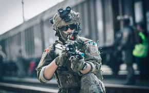 Обои маневры, экипировка, шлем, фон, солдат, очки, оружие