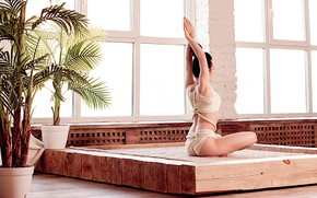Картинка поза, йога, асана, Лейла Мирзоева, фотограф Валерия Малиновска