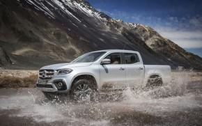 Картинка серебристый, 2017, вода, X-Class, пикап, брызги, горы, серый, Mercedes-Benz
