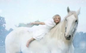 Картинка зима, белый, взгляд, морда, снег, радость, природа, поза, эмоции, фон, настроение, конь, лошадь, красота, светлый, …