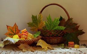 Картинка осень, листья, корзина, сладости, натюрморт, клен
