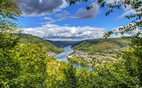 Картинка зелень, небо, листья, солнце, облака, деревья, горы, ветки, река, поля, дома, Германия, леса, вид сверху, ...