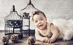 Картинка взгляд, платье, девочка, лежит, малышка, Konrad Bak