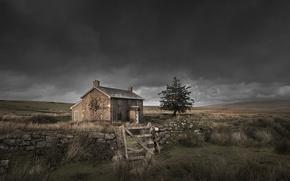 Картинка поле, дом, забор