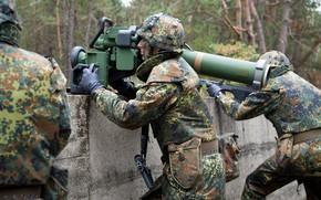 Картинка gun, soldier, weapon, man, rifle, helmet, seifuku, G36, G 36