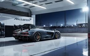 Обои McLaren, 2018, Senna, гоночный бокс, Victory Grey