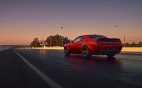 Картинка Challenger, red, sportcar, 2018, musclecar, SRT, Track, Demon, Drag Racing