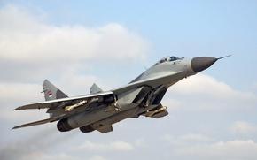 Обои ВВС Сербии, истребитель, МиГ-29, MiG-29, взлёт