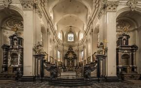 Картинка церковь, витражи, религия, алтарь, неф
