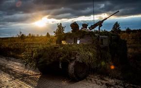 Картинка HMMWV, Humvee, высокоподвижное, многоцелевое колёсное