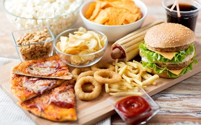 Картинка пицца, чипсы, картофель фри, бургер, фаст-фуд, луковые кольца