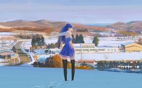 Картинка зима, дорога, небо, девушка, снег, следы, холмы, дома, чулки, Япония, шарф, голубое платье, полоборота