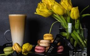 Картинка тюльпаны, латте, макаруны