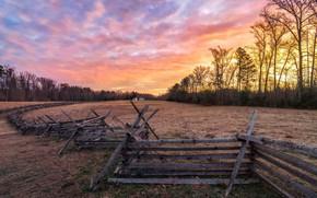 Обои закат, поле, дом, забор