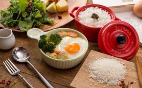 Картинка рис, яичница, брокколи