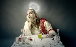 Картинка человек, бутылки, нимб, пьянство