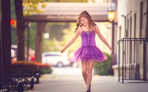 Картинка улица, платье, девочка, прогулка, Meg Bitton
