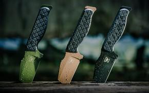 Обои цветные, ножи, три