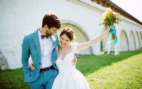 Обои объятия, beautiful, groom, жених, wedding, bouquet, любовь, улыбка, букет, радость, платье, лето, красивые, summer, девушка, ...