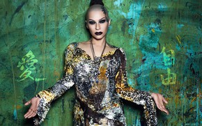 Обои платье, макияж, певица, Sasha Kosmos, Наргиз Закирова, руки, поза, стиль
