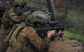 Картинка солдаты, стрельба, экипировка