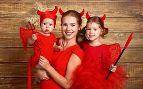 Обои девочка, мама, праздник, костюмы