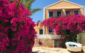 Картинка солнце, цветы, дом, лодка, Греция, сад, кусты, бугенвилия, Kastelorizo, Кастелоризо