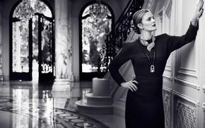Картинка черное платье, черно-белое, холл, Drew Barrymore, украшения, актриса