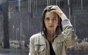 Картинка девушка, дождь, куртка, мокрые волосы