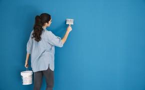 Обои девушка, краска, ремонт, стена