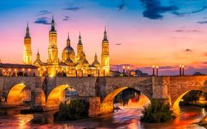 Картинка небо, закат, мост, огни, река, дома, вечер, фонари, башни, Испания, дворец, Zaragoza
