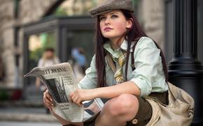 Картинка девушка, улица, Wall Street Journal