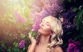 Картинка листья, солнце, деревья, лицо, макияж, сад, прическа, блондинка, красотка, сирень, боке, закрытые глаза