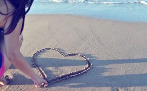 Картинка песок, пляж, девушка, настроение, сердце