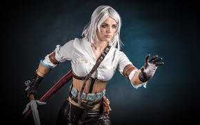 Обои girl, sword, blood, game, The Witcher, woman, ken, wolf, blade, cosplay, book, blonde, pose, belt, ...
