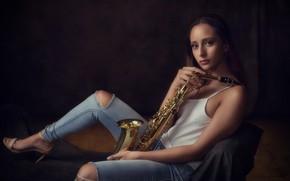 Обои саксофон, девушка, музыка
