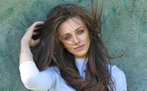 Картинка девушка, лицо, ветер, волосы, милашка