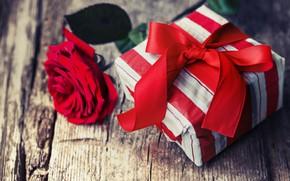 Картинка любовь, цветы, подарок, роза, розы, букет, красные, red, love, wood, romantic, Valentine's Day, gift, roses