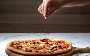 Картинка рука, пицца, pizza