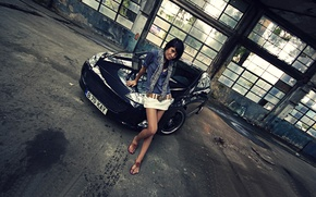 Картинка авто, взгляд, девушка, Девушки, Peugeot, помещение