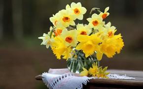 Картинка цветы, ваза, столик, салфетка, нарциссы
