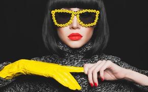Обои fashion, model, brunette, Yellow glove, yellow eyeglasses