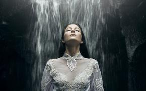 Картинка девушка, настроение, водопад, платье, кружево