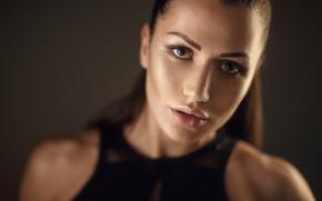 Обои взгляд, лицо, фон, модель, портрет, макияж, майка, прическа, шатенка, боке, Kate, Сергей Сорокин, Sergey Sorokin