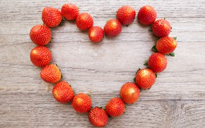 Обои любовь, ягоды, сердце, клубника, love, fresh, heart, wood, romantic, strawberry, berries